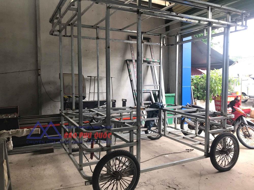 hình ảnh đã hoàn thiện xong khung sắt cho xe bán bánh